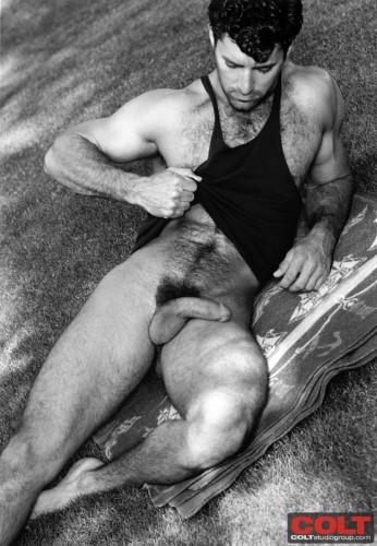 big-dick-naked-man